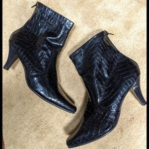 Navy Base Ankle Boots